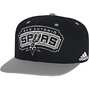 adidas Youth San Antonio Spurs On-Court Adjustable Snapback Hat